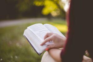 Kvinnur í Bíbliuni
